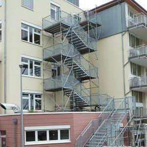 Fluchttreppenturm Krankenhaus in Rüdesheim